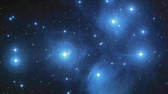 sp - matariki_stars_constellation_nasa_ESA_AURA-CALTECH_1200