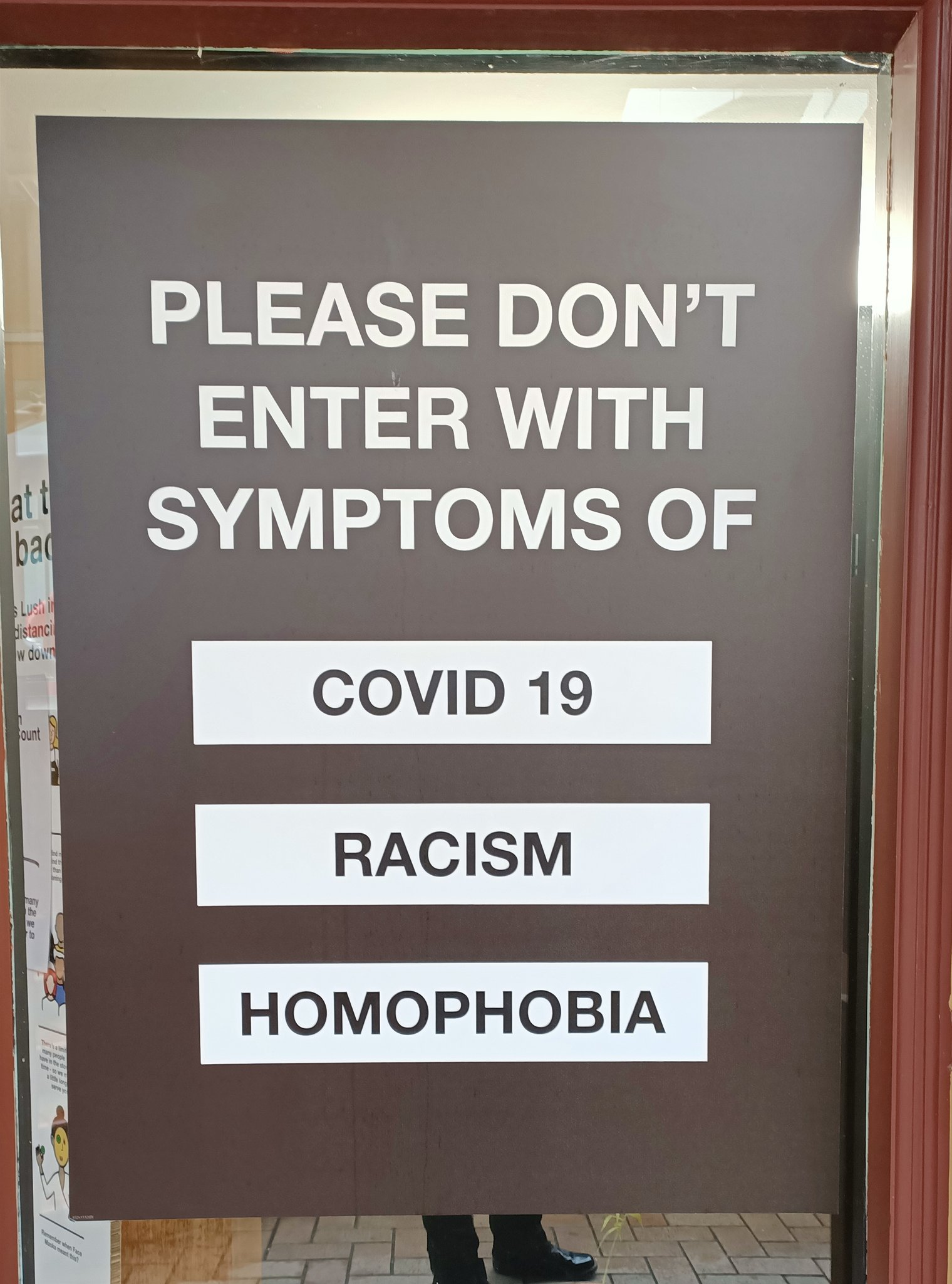 si - no covid c19 racism or homophobia